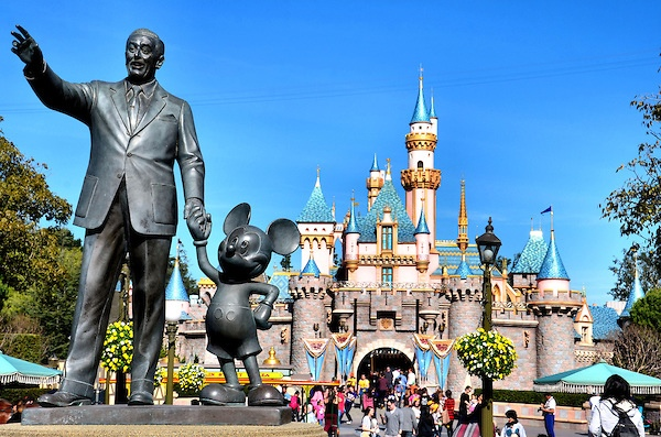 disneys business factors Disney has mastered the art of customer service experience with 3 keys to creating magical experiences for all of their customers  small business should make.