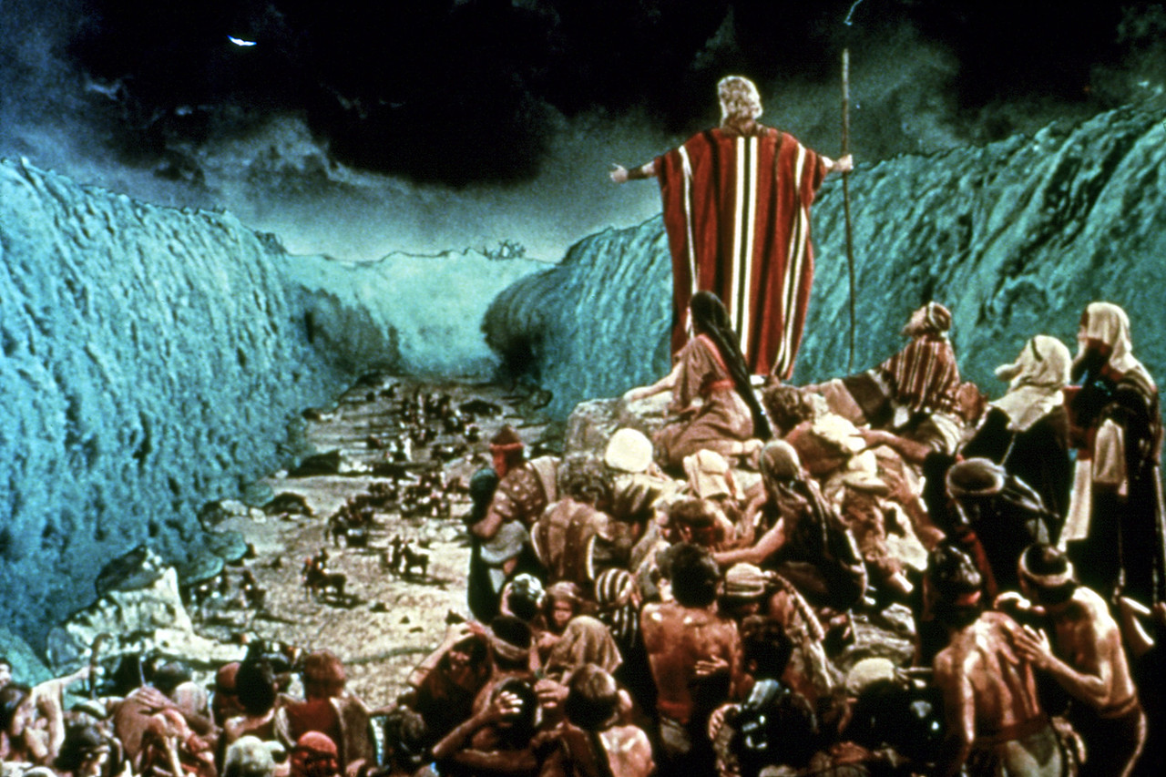 Moses and the Red Sea - ThingLink